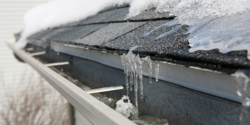 Leakage In Attic After Ice Build Up Artechroofing